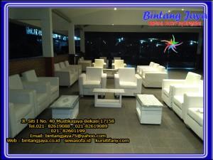 sofa-putih-10-12-16a