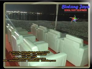 sofa-putih-10-12-16b