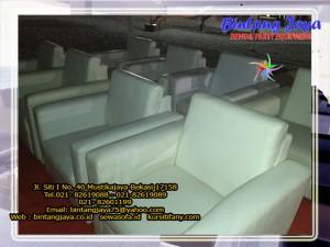 sofa-putih-10-12-16d