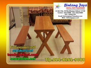 meja dan kursi taman