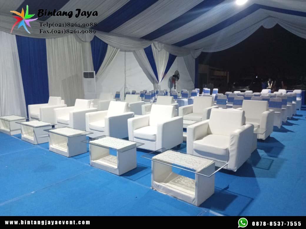 Sewa Sofa Putih Premium Murah Melayani pemesanan 24 Jam Se-Jabodetabek